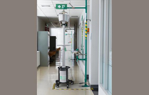 safety shower tester safety shower guard in hospital lab 2